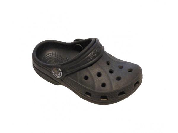 Čierne baby croks