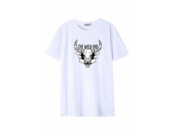 Pánske tričko GLO-STORY biele so vzorom byvolej lebky a nápisom